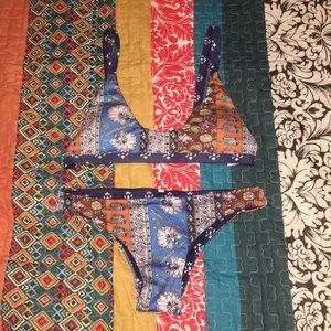Multi printed/multi colored reversible bikini